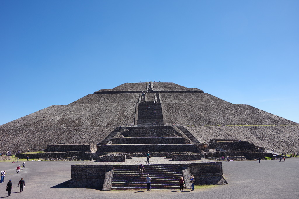 Pyramid of the Sun - Teotihuacán