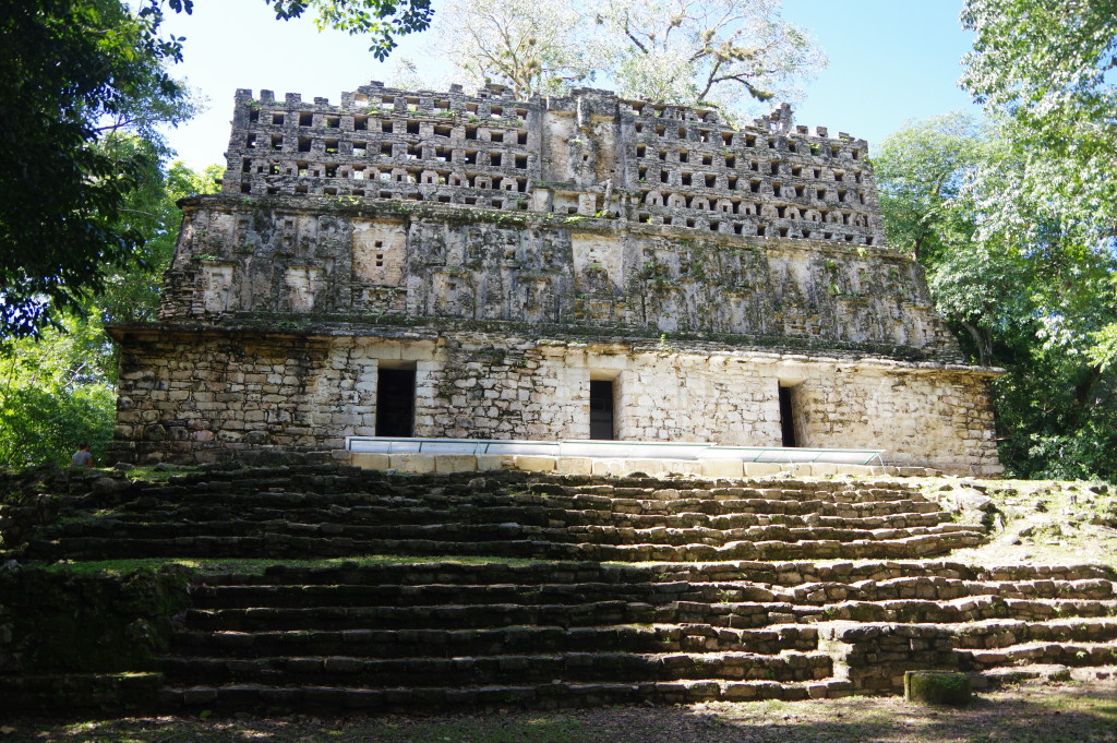 Largest temple at Yaxchilán