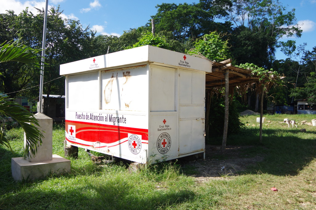 Red Cross post in La Técnica - there seems to be migration from Nicaragua and other countries